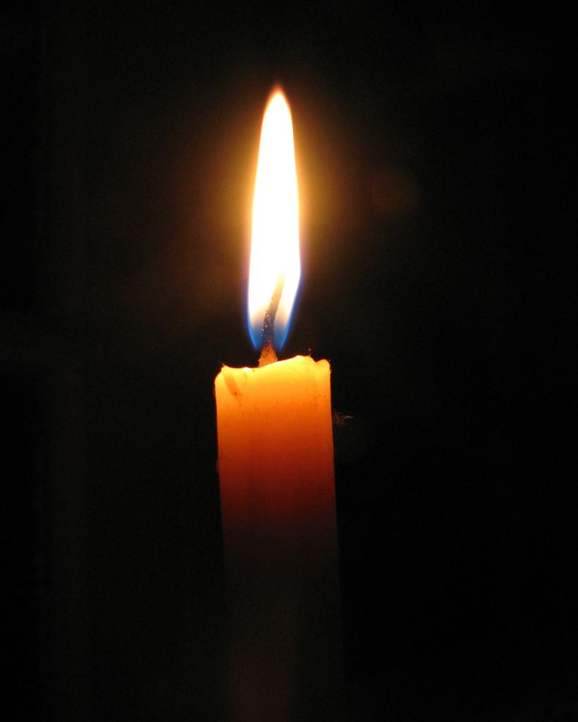 черные свечи зажигать в церкви сонник Guahoo Известная финская